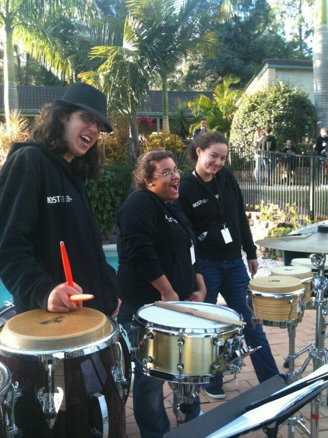 Paint Drumming