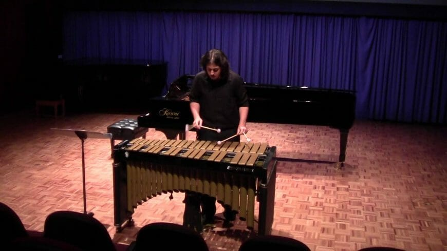 Tsoof Performs Argentinian Suite for the Brisbane Club Award