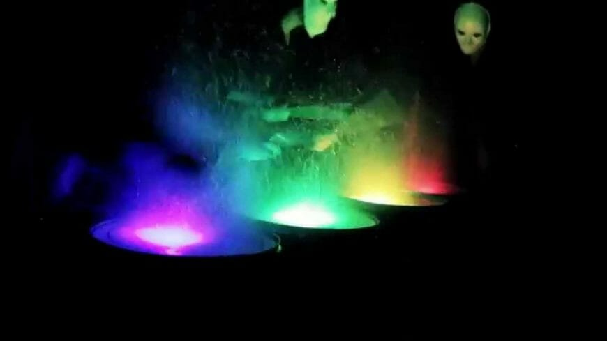 Etna – Paint Drumming Performance